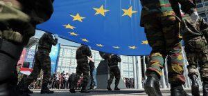 Europe des Armées : «Vers une Europe militaire»