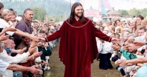 Un Faux Messie en Russie : L'homme russe dit qu'il est la réincarnation de Jésus, et il a déjà plus de 5000 adeptes