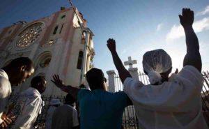 Haïti: des groupes d'aide implorent les chrétiens de prier et d'agir en temps de crise