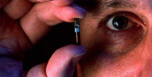 L'esclavage du Nouvel Ordre Mondial :  Esclavage de la race humaine par la technologie de la micro puce