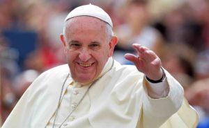Promotion du Pape François pour une nouvelle autorité politique mondiale